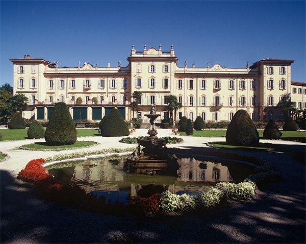 Prenota Varese Liberty Tour con Hotel Ungheria